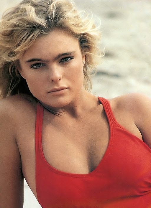 Erika Eleniak by Elman :: Images :: Baywatch